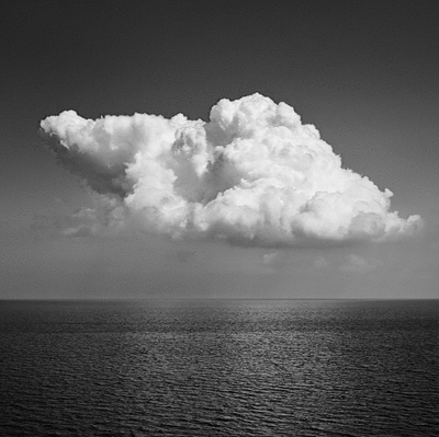 black-and-white-cloud-clouds-gif-ocean-sea-Favim.com-64652